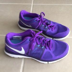 Nike flex women size 8,5